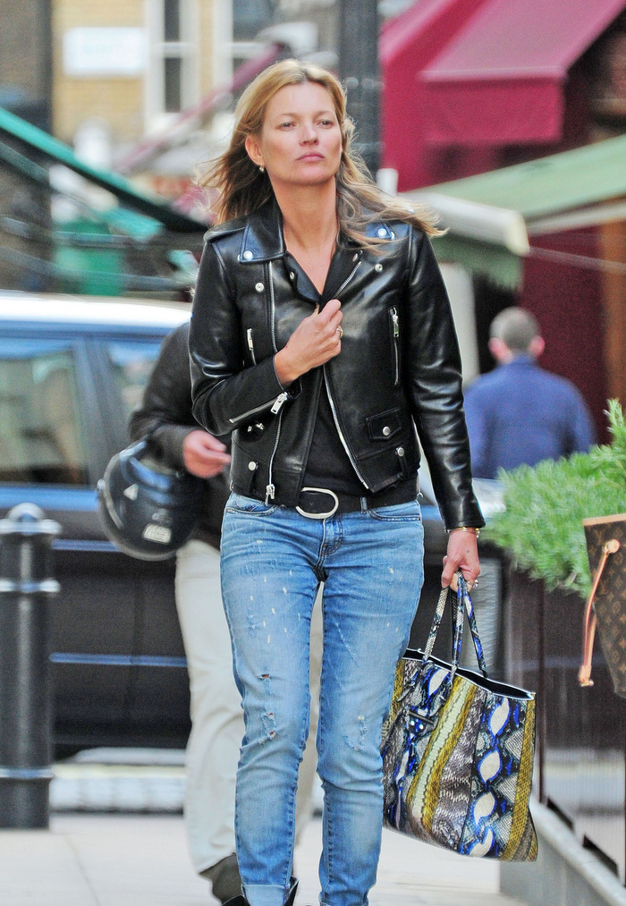 Kate-Moss-2013-04-16-Out-for-Shopping-in-London-4