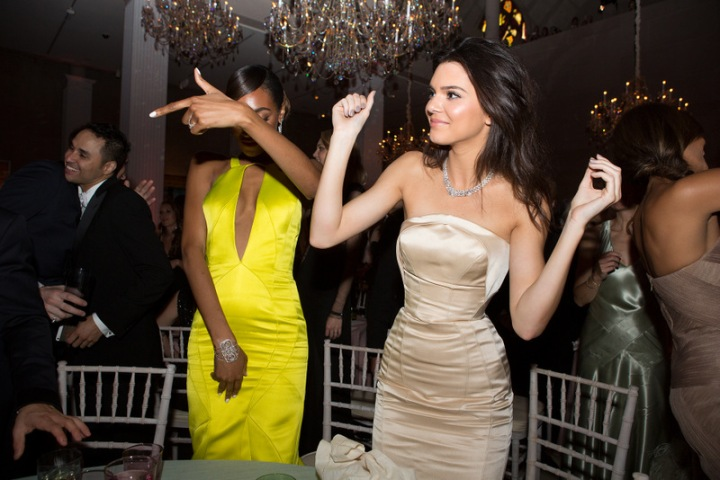 met-gala-2014-jourdan-dunn-and-kendall-jenner